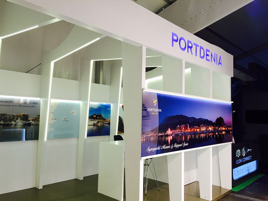 Dise o de stand de feria para varadero port de d nia for Disenos de stand para exposiciones