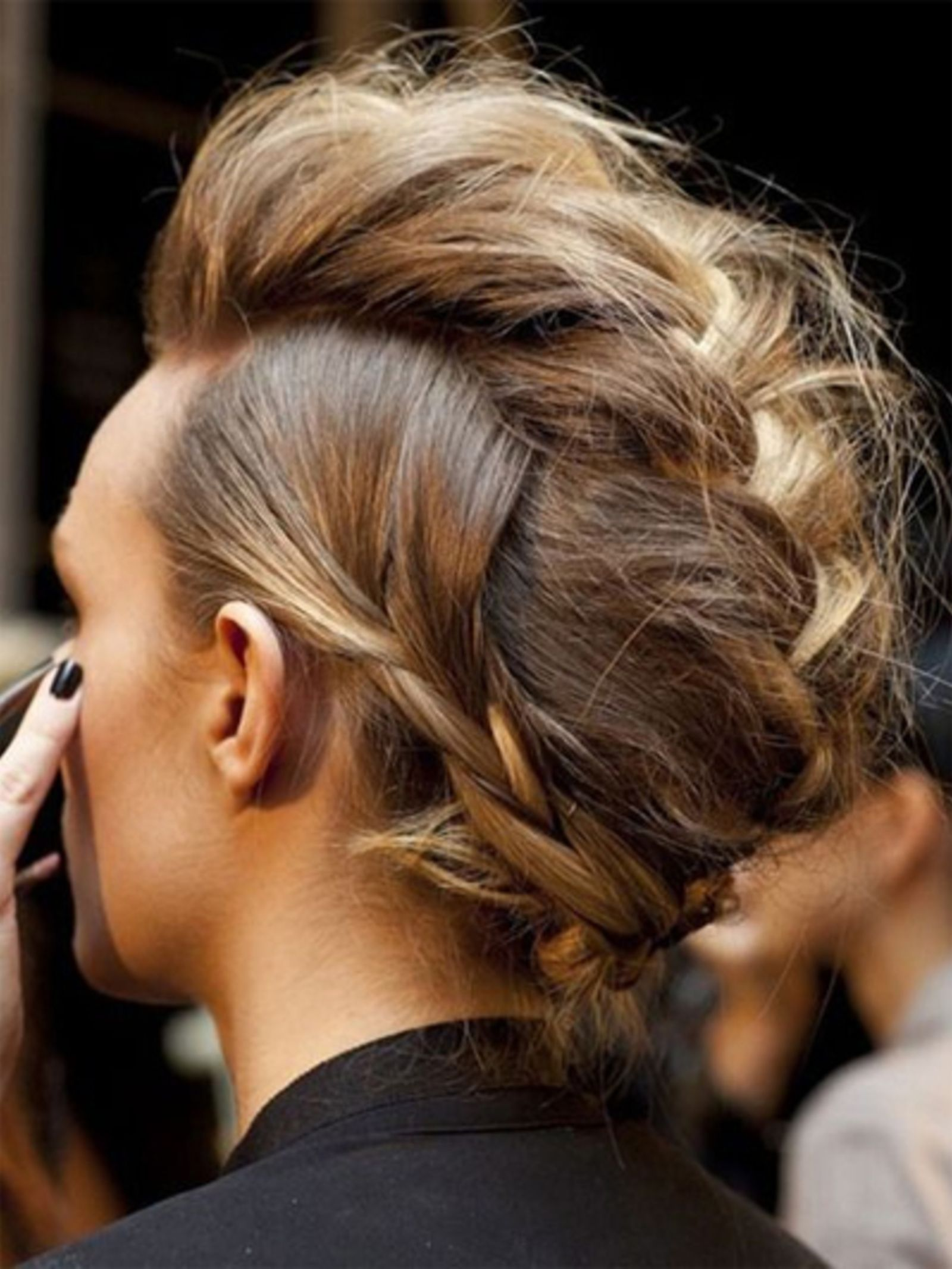 Fabuleuze hanenkam feierlichkeiten pinterest hair style hair