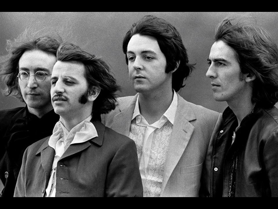 The Beatles - Hey Jude - Lyrics