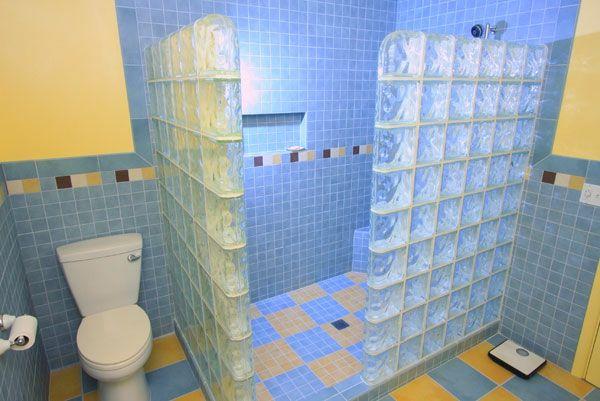 Schönes Badezimmer Mit Glasbausteinen | Badezimmer | Pinterest | Pelz Schönes Badezimmer