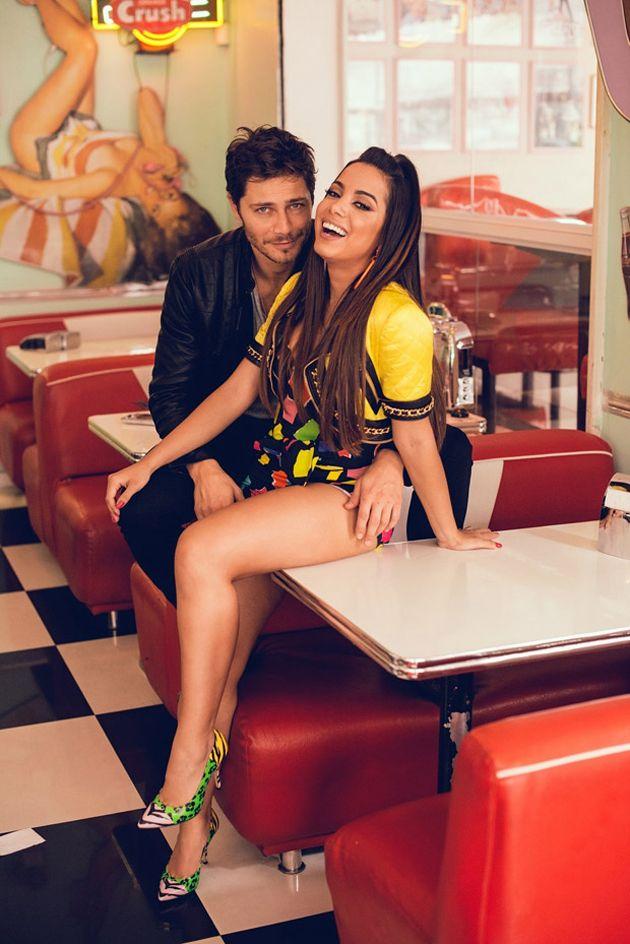 efa4cf6c8 Anitta de Moschino no novo clipe | Famous people | Anitta, Anitta ...