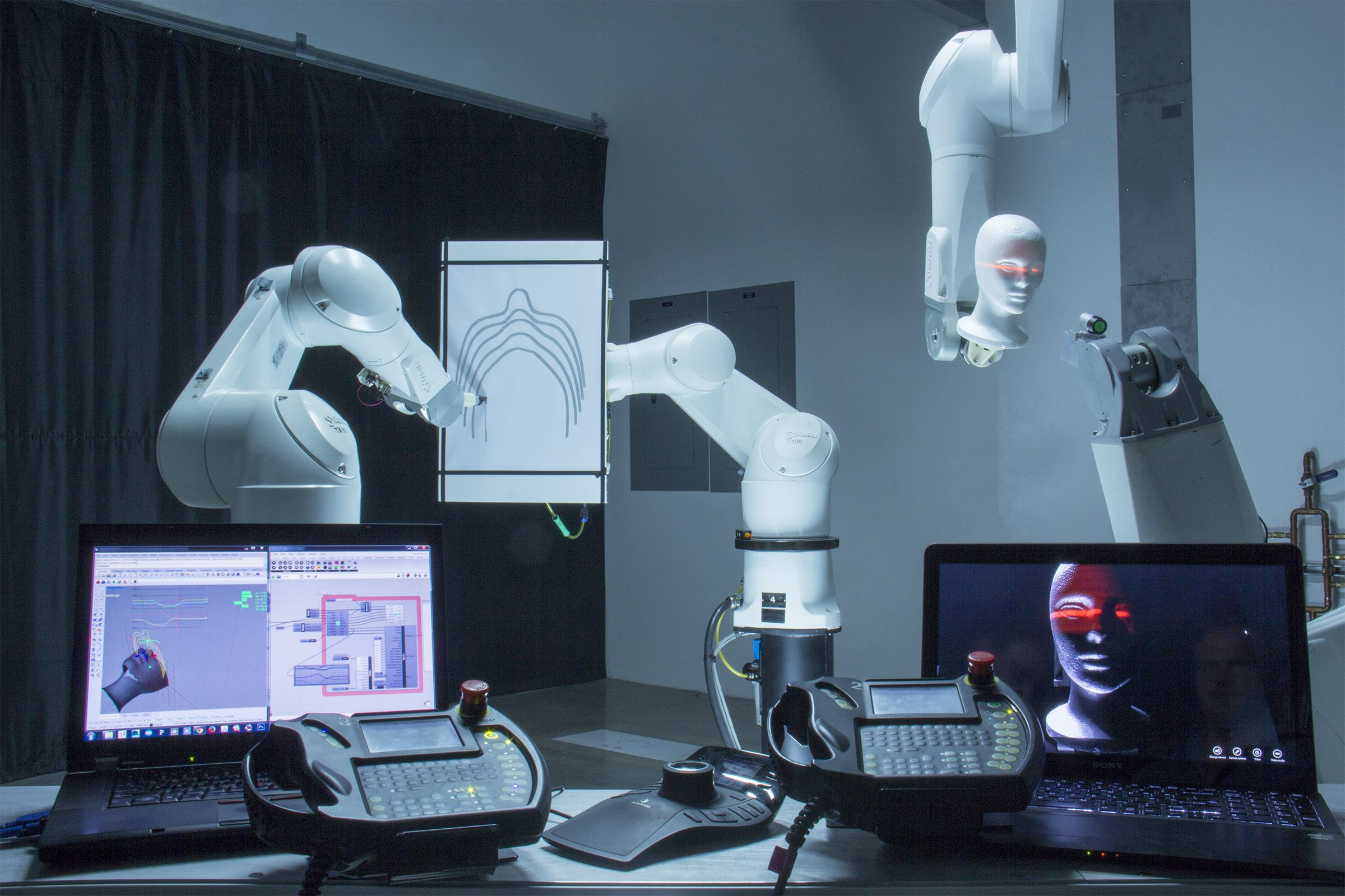 фото роботов лаб предполагает