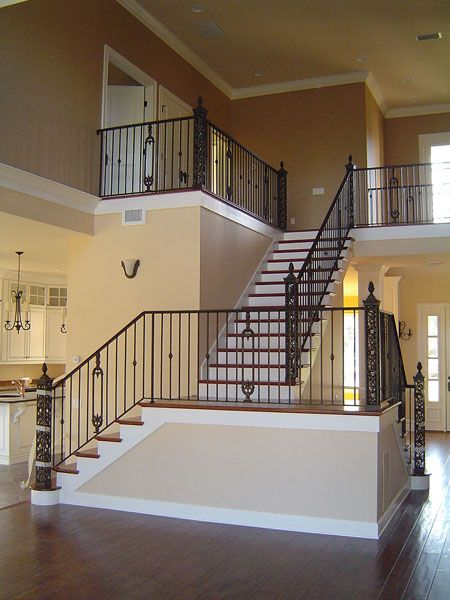 Best Interior Stair And Balcony Railing With Custom Posts 640 x 480