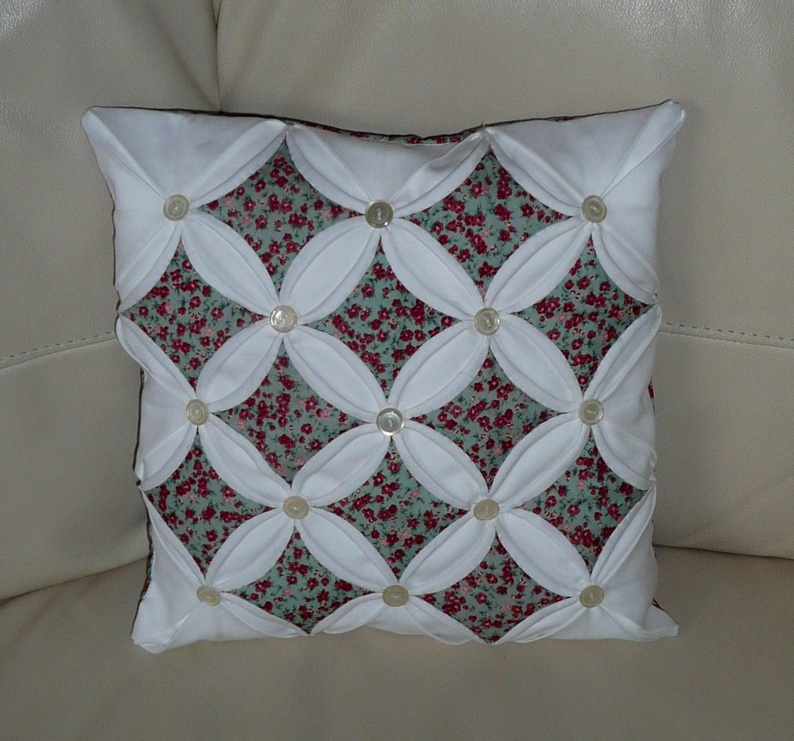 Cathedral Window Quilt Block Designs In Stitches