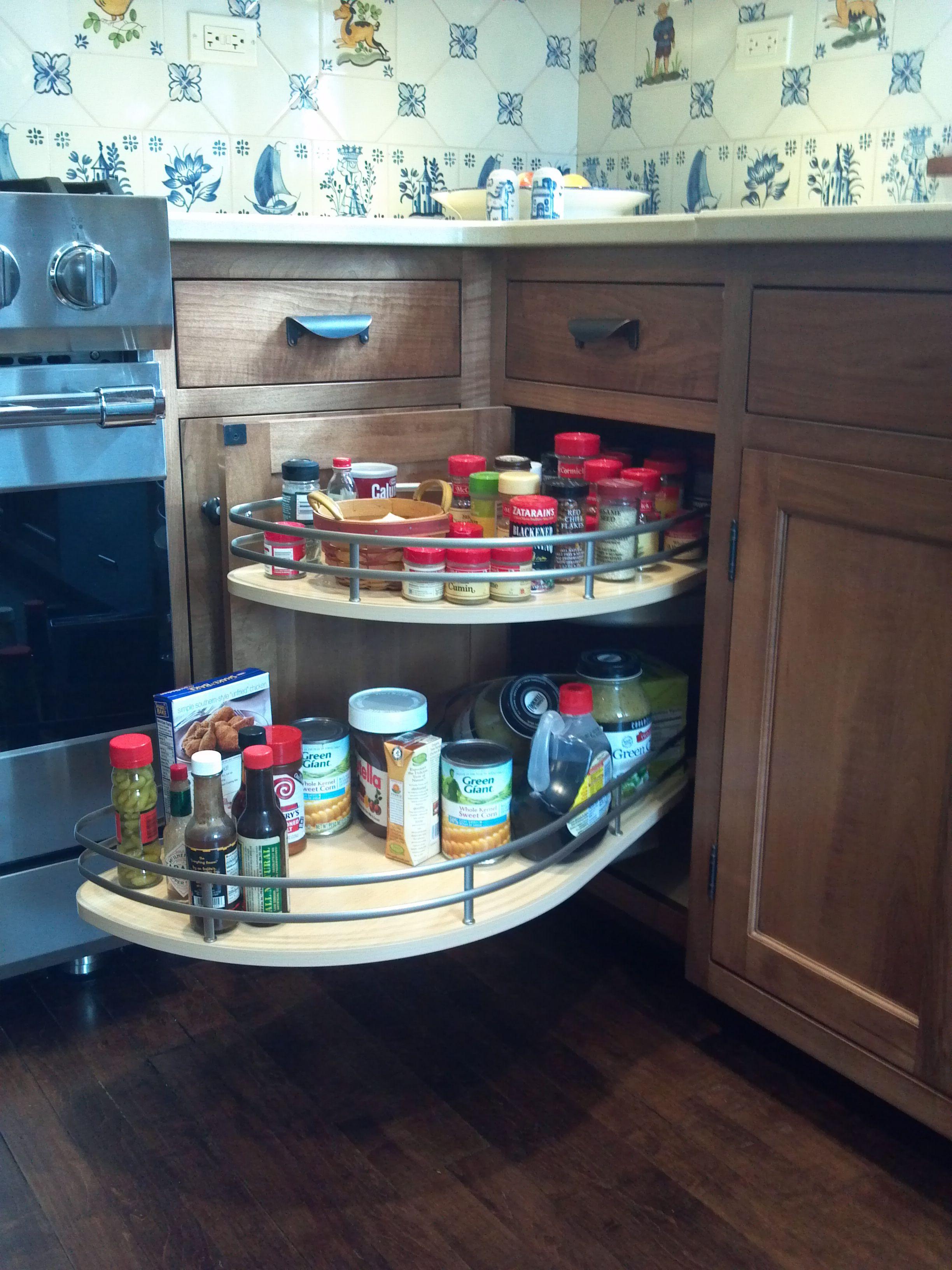 Pullout/Lazy Susan hybrid for kitchen corner cabinet   Cocina ...