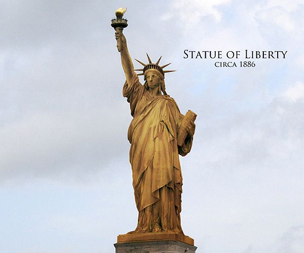 The Statue Of Liberty Before The Copper Went Through Oxidation Turned Green Its Transformation To Green Was Completed I Statue Of Liberty Statue Copper Statue