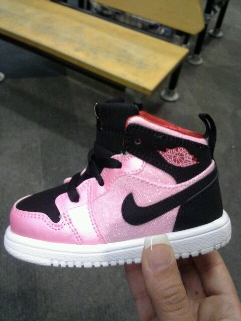 3e57c4a54fa3a5 Adorable!!! Definitely getting the Air Jordan 1 for my baby girl ...