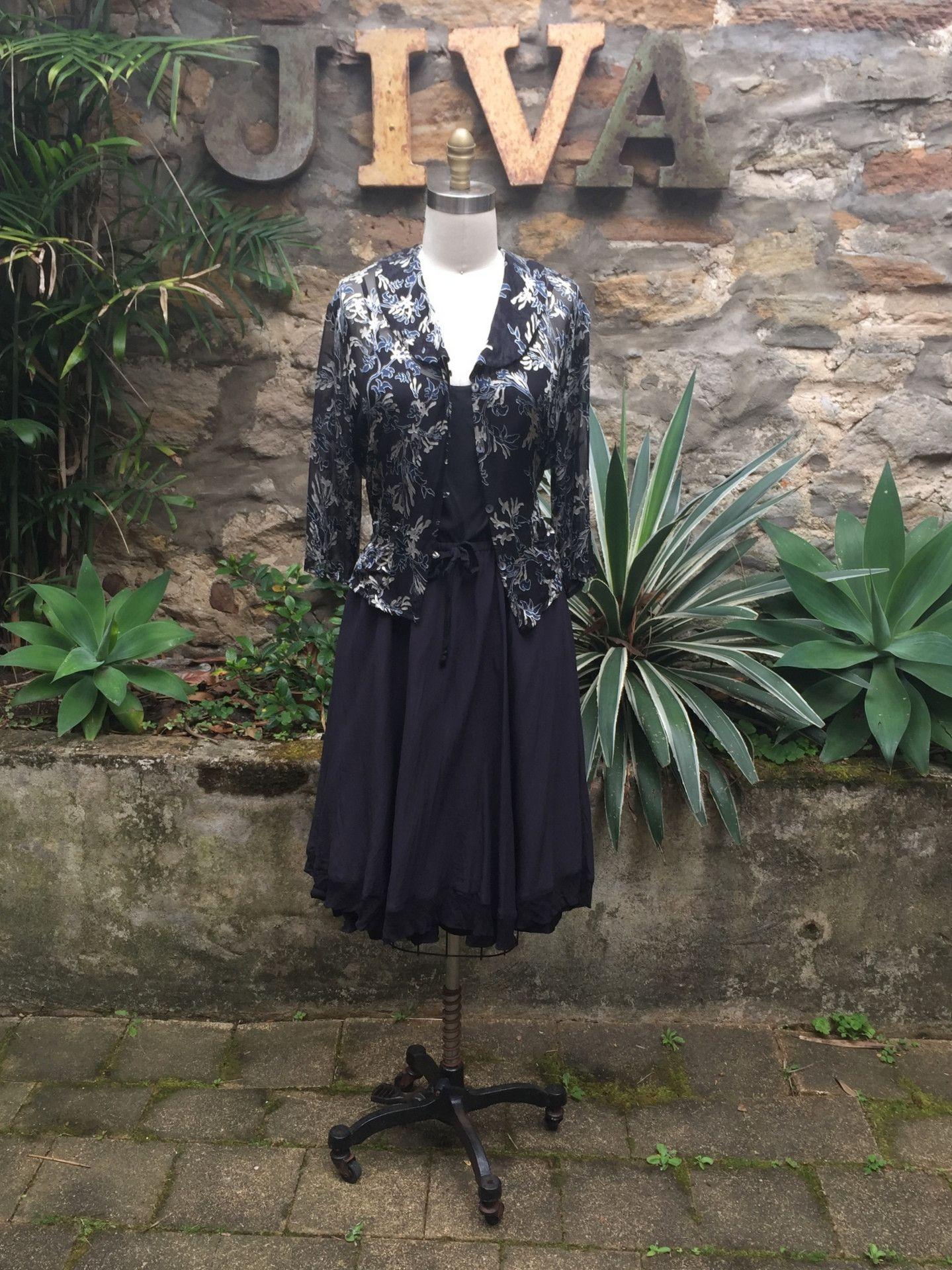 2c3afcdcb8 Jiva Lucy Shirt - Silk Silver and Navy Burnout – Jiva Clothing Sydney  Australia