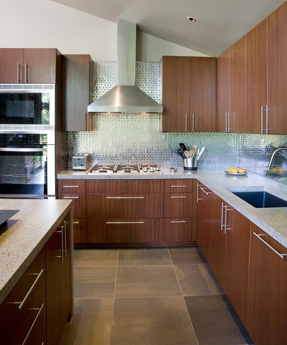 Kitchen Flooring And Backsplash: Metallic Tile Backsplash With Slate Floor Tiles And Sapele