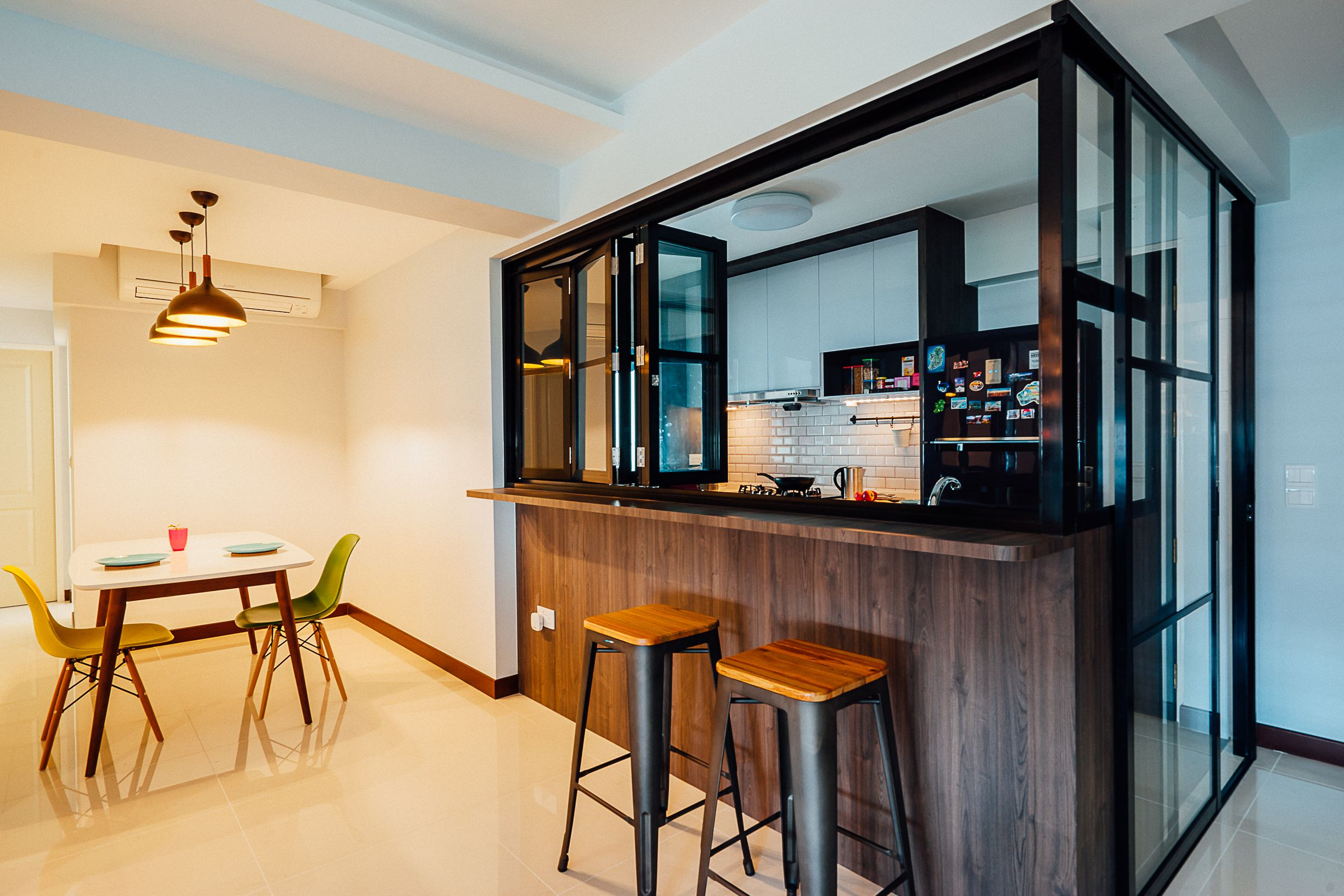 8 Ways To Do A Semi Open Kitchen In Your Hdb Semi Open Kitchen