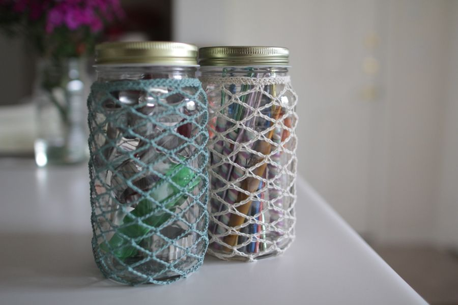 Now that you know how to make a jar cozy you can: -Make a matching set to use for summertime lemonade at BBQ's -Put flowers in the jar -Cover the cookie-mix-in-a-jar gifts for friends. -Throw…