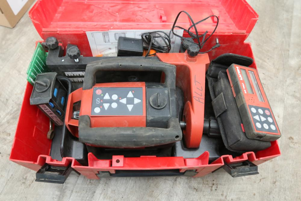 Item 3 Hilti Laser Level Model Pr26 With Accessories Including Hilti Pra 26 And Carrying Case In 2020 Yard Works Carry On Laser Levels