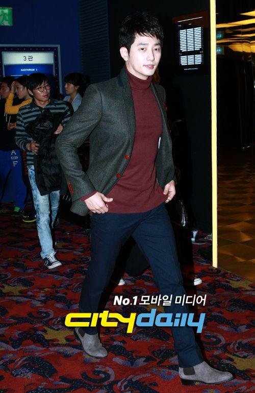 "park shi hoo --- ""Confession of murder"" VIP premiere 10/29/12"