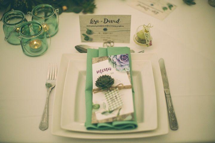 Wedding Place Setting | Pantone's Kale beautiful wedding designs and ideas | fabmood.com #pantone #pantonekale #pantone2017 #weddingcolor