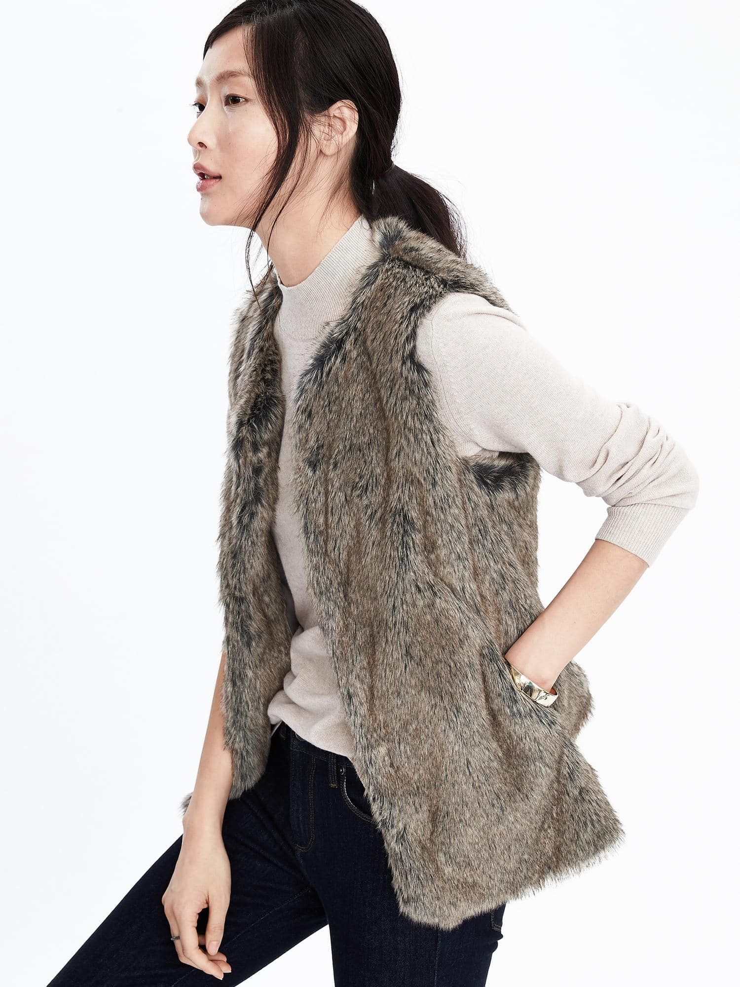 Faux Fur Vest for women Banana Republic Fashion