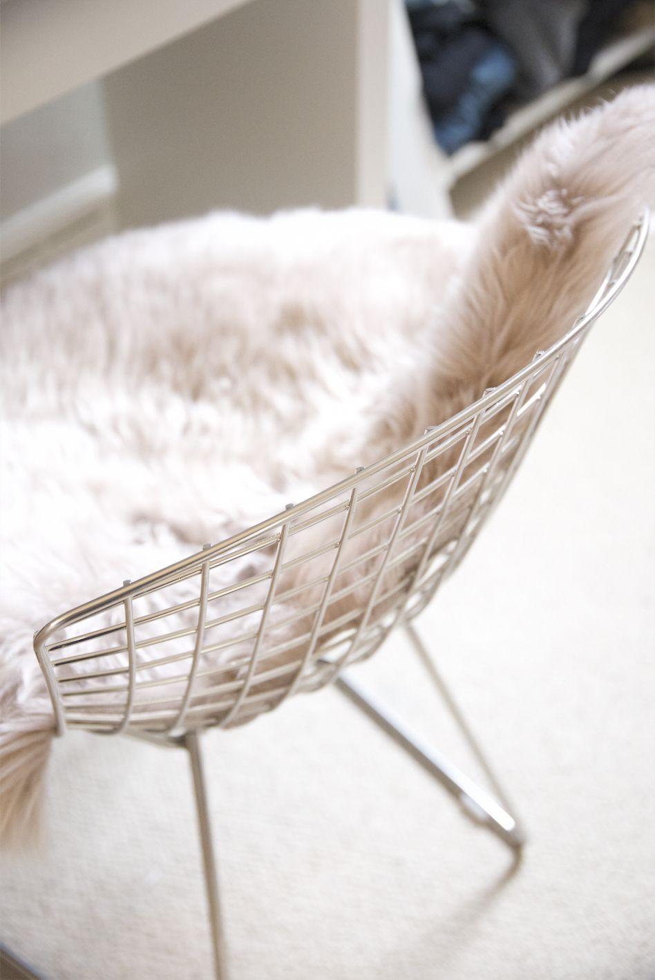 Bertoia chair sheepskin - Amara Living Dove Pale Pink Blush Sheepskin Hide On Chrome Wire Harry Bertoia Dining