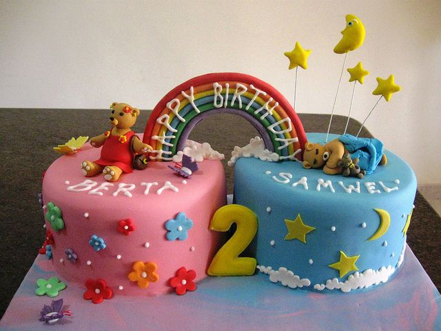 Twin Cake For Two Twins A Boy And A Girl Rainbow Could Say Congratulations For A Baby Shower Boy Birthday Cake Twin Birthday Cakes Birthday Cake Kids
