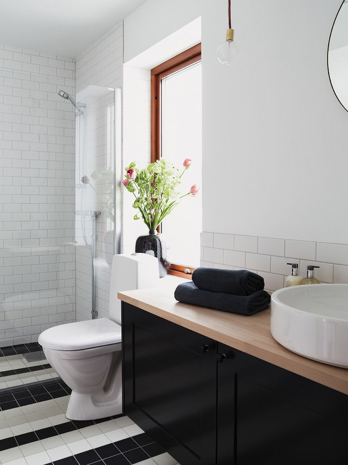 Turquoise Bathrooms Timeless And Captivating Interior: Timeless And Eclectic Interior By Koncept Stockholm