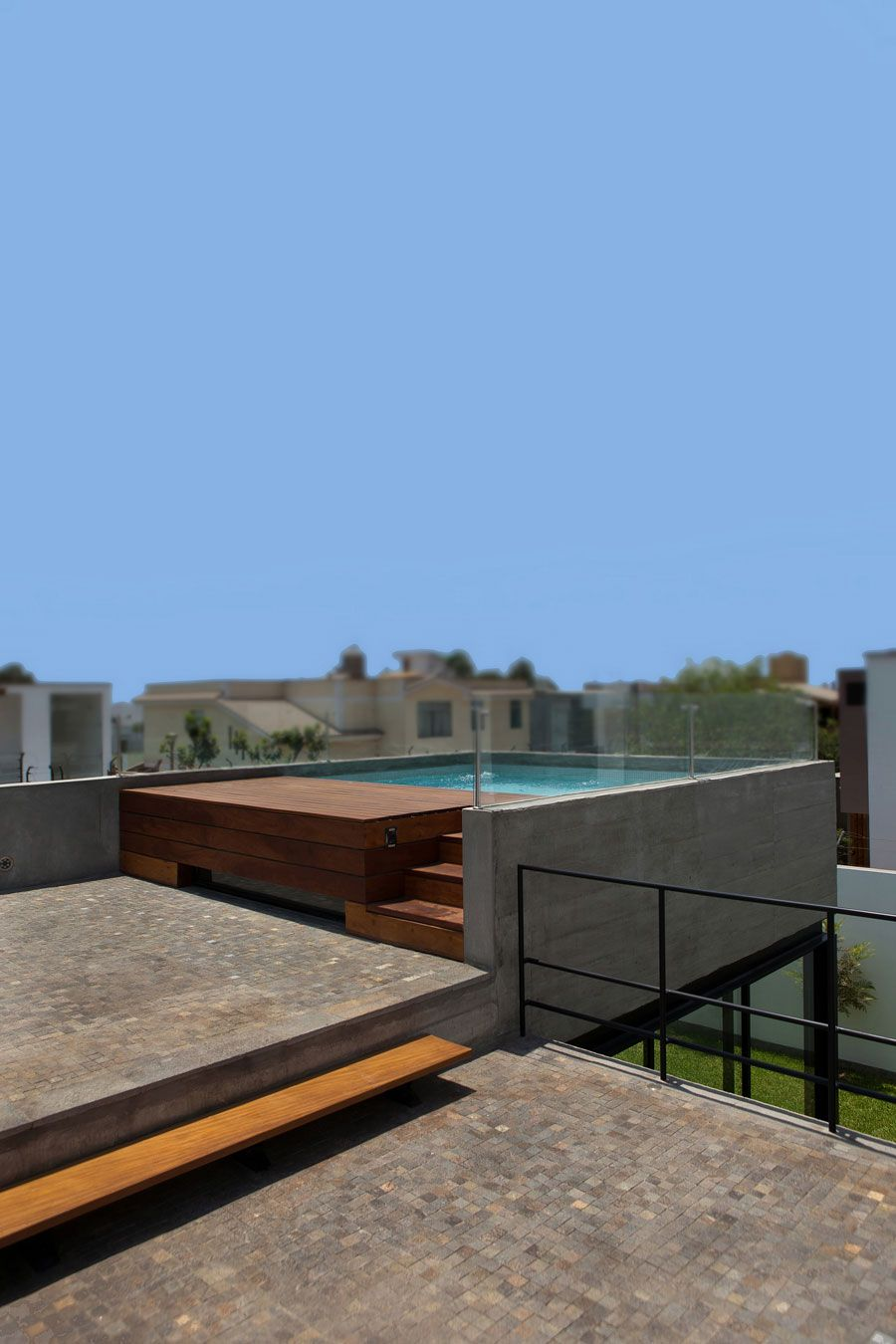 House With Rooftop Pool Swimming Pool Designs Small Swimming Pools Pool Designs