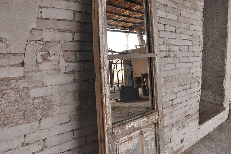 Interior Design Recupero Antico Finestrone In Legno