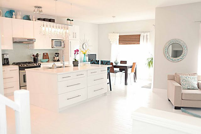 benjamin moore paper white paint color kitchen pinterest white paint colors white paints. Black Bedroom Furniture Sets. Home Design Ideas