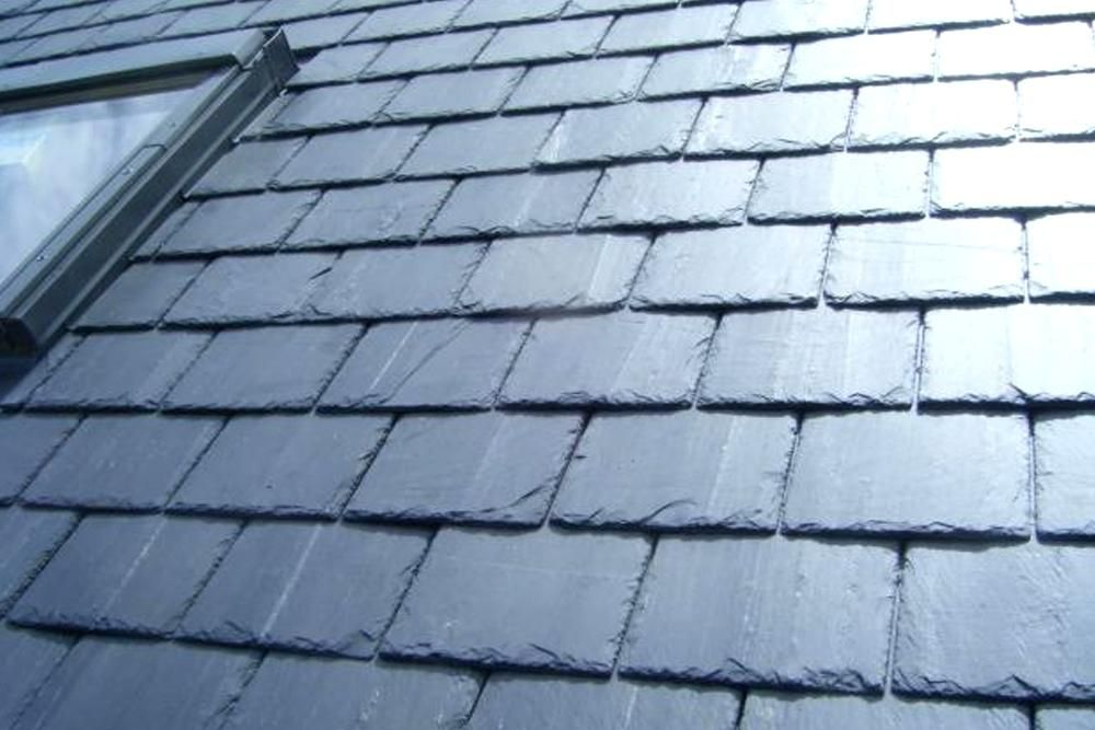 Good Slate Roof Tiles Photos In 2020 Slate Roof Slate Roof Tiles Roofing