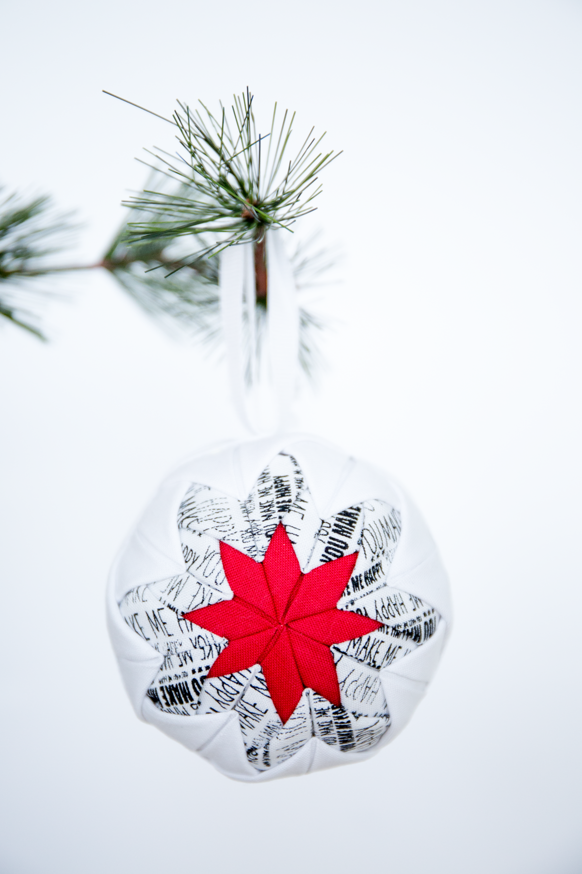 No Sew Quilted Christmas Ornaments | Pinterest | Quilted christmas ...
