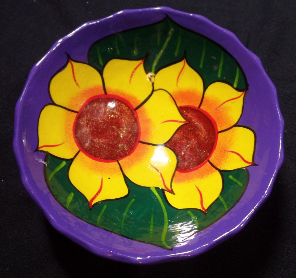 Mexican Clay Folk Art Sunflower 5 1/2\