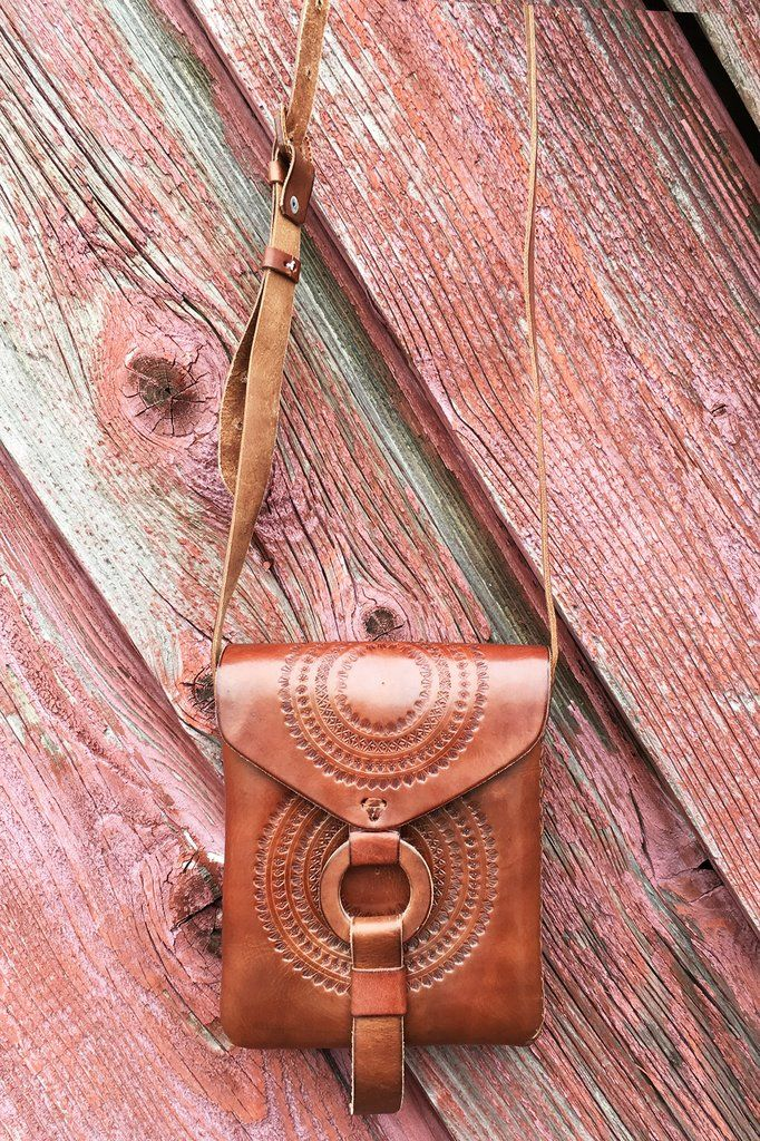 Hand-Tooled Leather Pouch  13b632402d001