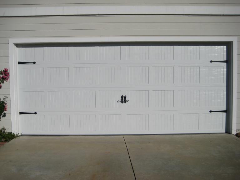American Empire Garage Door Inc Orange County Garage Door Repair Carriage Style Garage Doors Carriage House Garage Doors Garage Door House
