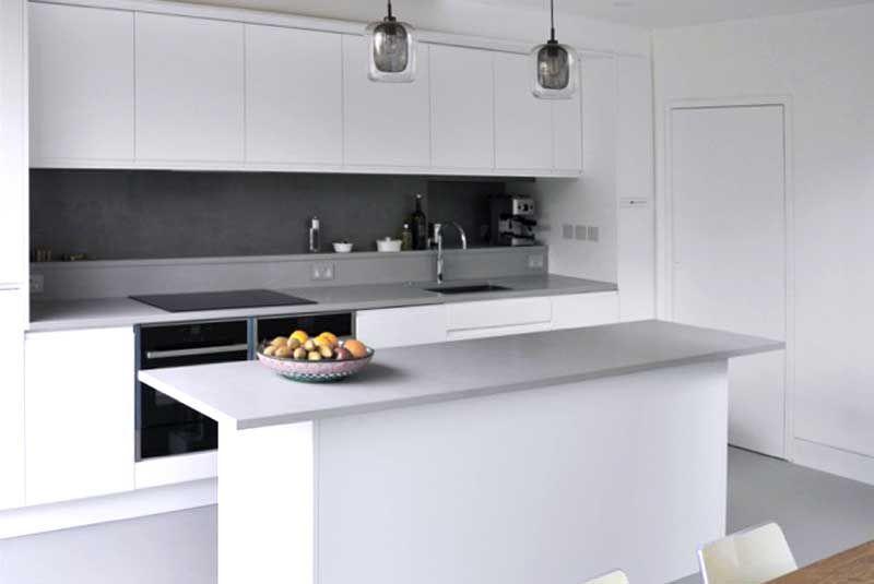 Best An Innova Luca Matt White Handleless Kitchen Kitchen 400 x 300