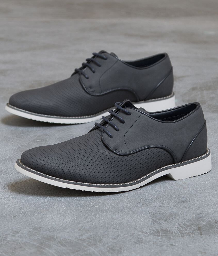 Steve Madden Fallon Shoe Men S In 2021 Men Shoes With Jeans Dress Shoes Men Sneakers Men Fashion [ 991 x 845 Pixel ]