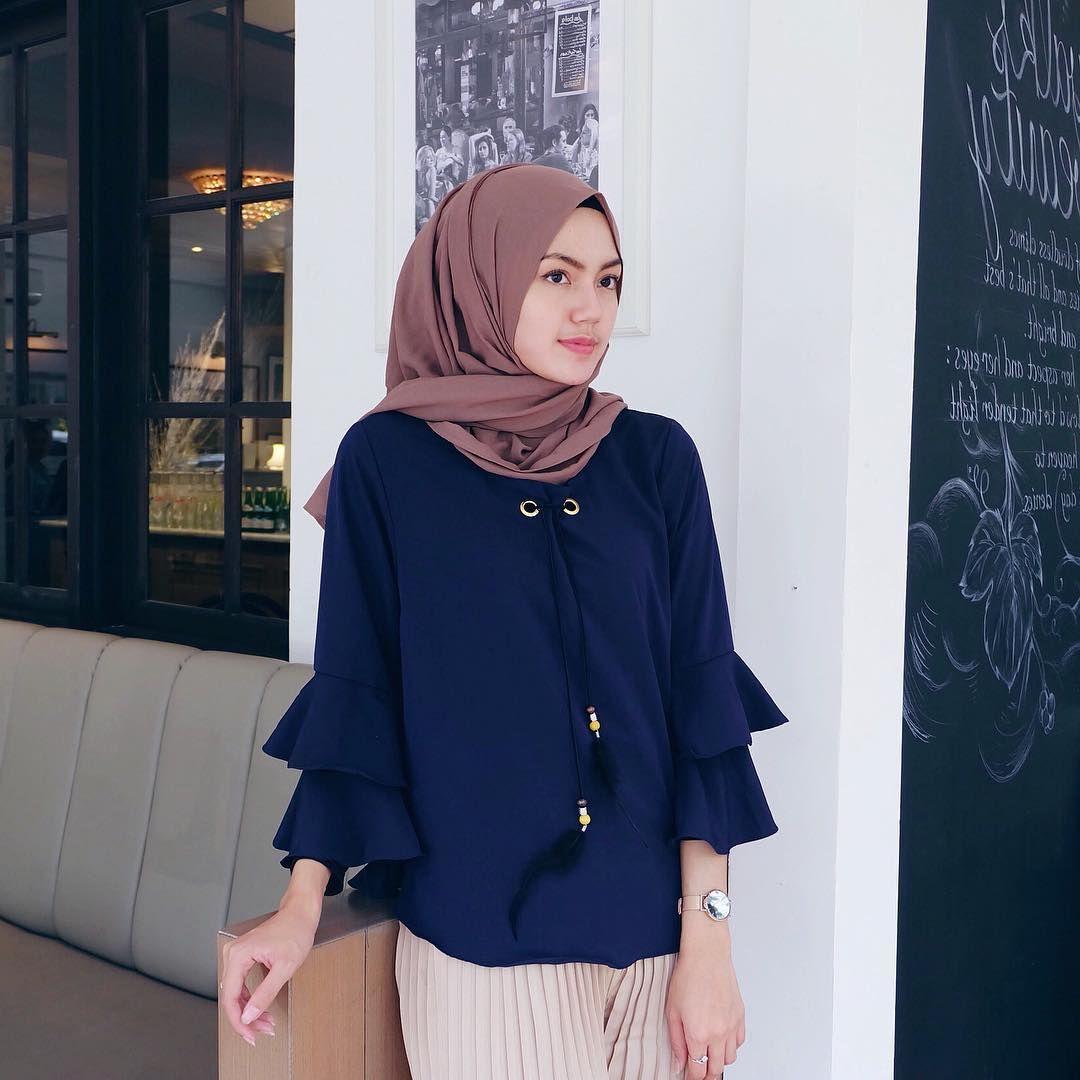 Style Hijab Kulot Putih
