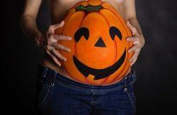 Halloween pregnancy pic