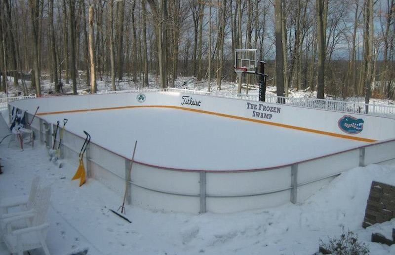 14 Homes With Private Ice Rinks Photos Backyard Hockey Rink Backyard Rink Ice Rink