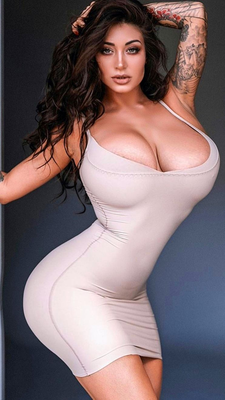 Sexy gentle woman Hot Dress, Skin Tight, Most Beautiful Women, Girl Tattoos,
