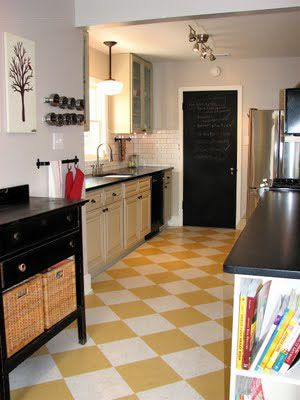 yellow and white marmoleum floor in kitchen | checkerboard floors