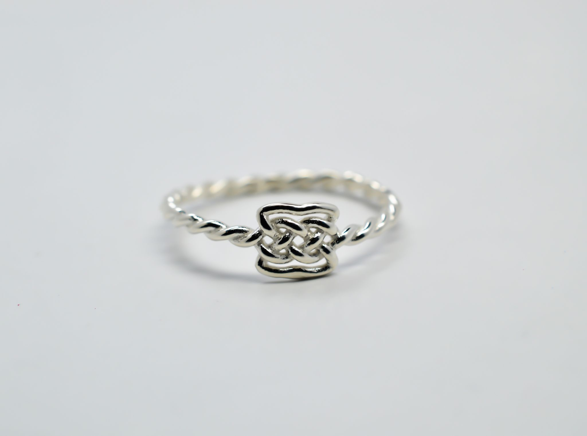 Celtic Knot Ring | Jewelry and accessories | Pinterest | Knot rings ...