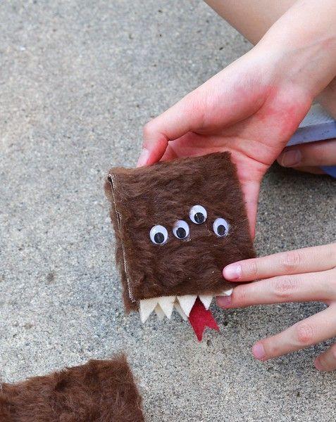 Hilarious Holiday Party Crafts #partyhard #PartyCraftsDiy #halloweenpartygamesforkids