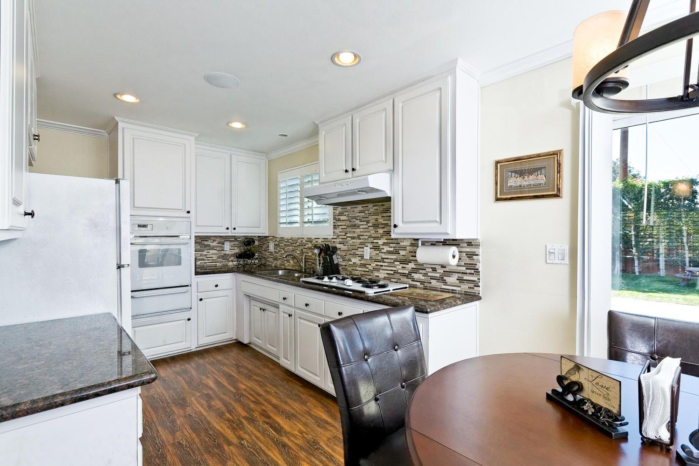 4090 Eileen Street Simi Valley Ca 93063 Kitchen Home Home Decor Kitchen