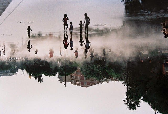 Shooting Film: 12 Reflection Analogue Photographs That Make You May Confuse