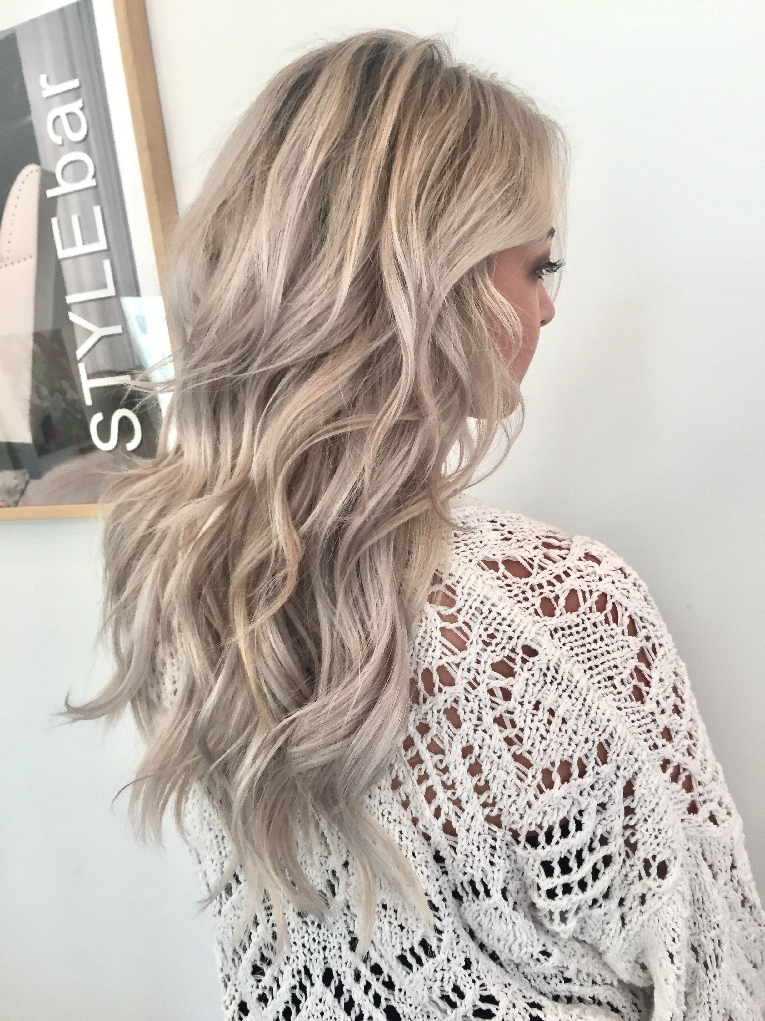 Stylebar Chattanooga Ice Blonde Bright Blonde Texture Foiled