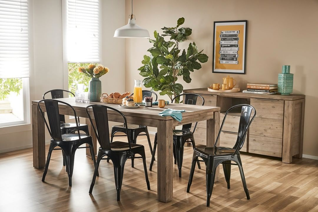 Fantastic Furniture On Instagram We Re Loving The Industrial Look Right Now Do Breakfast Lunch And Din In 2020 6 Seater Dining Table Dining Extendable Dining Table