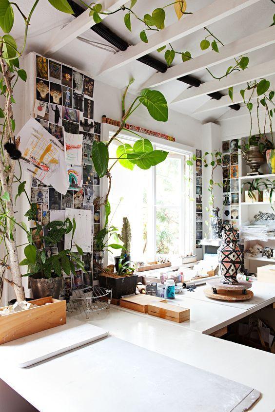 Art Studio Ideas Inspiration // Dreamy Art Studio Ideas for your own creative space #studio #artist #artstudio