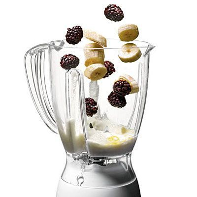Juice and Smoothie Recipes Quick, healthy juice and smoothie recipes: Blackberry Banana Slim-Down Smoothie. The blackberries in this smoothie contain powerful antioxidants which help fight off disease. It also contains banana, giving you a good dose of potassium, which helps rehydrate your body after a workout.Quick, healthy juice and...