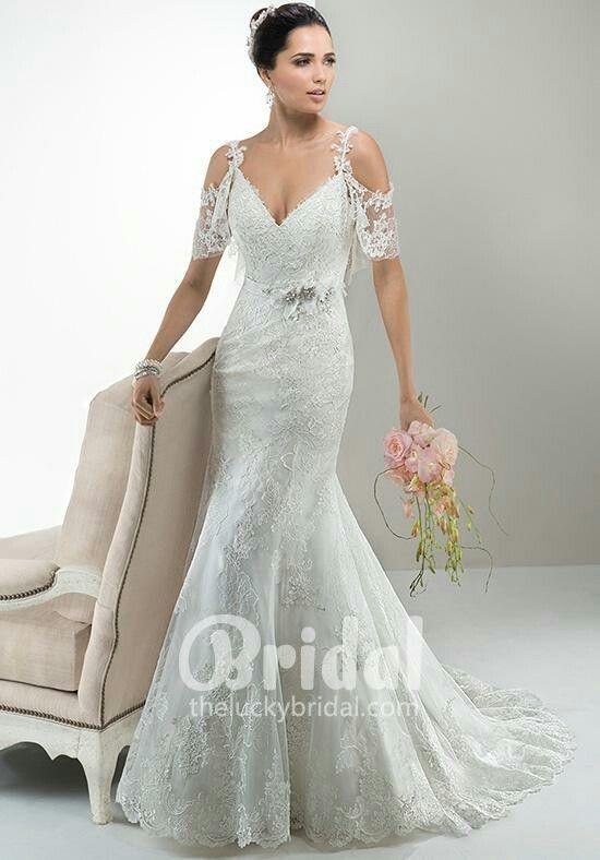 Pin by Christine Antoniadou on Dress | Pinterest | Wedding dress ...