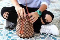crochet-straw-bucket-bag.jpg 588×392 piksel