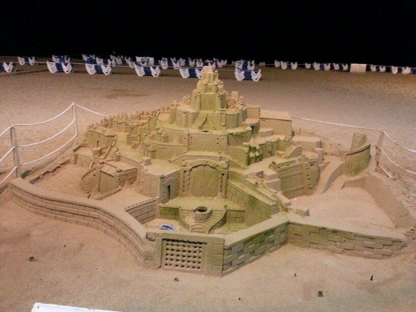 Arte en la arena, en la Playa de Levante de Benidorm