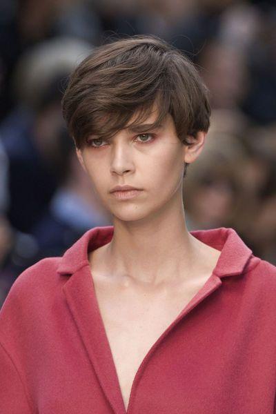 EN IMAGES. 15 coiffures repérées à la Fashion Week de