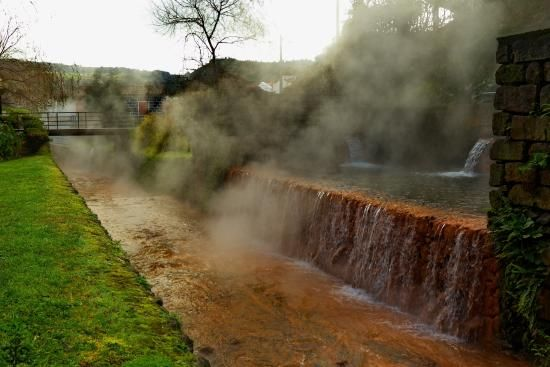 Poça da Dona Beija at Furnas - Açores  #poçadadonabeija #furnas #azores #azoresislands #piscinastermais #thermalpools #nature